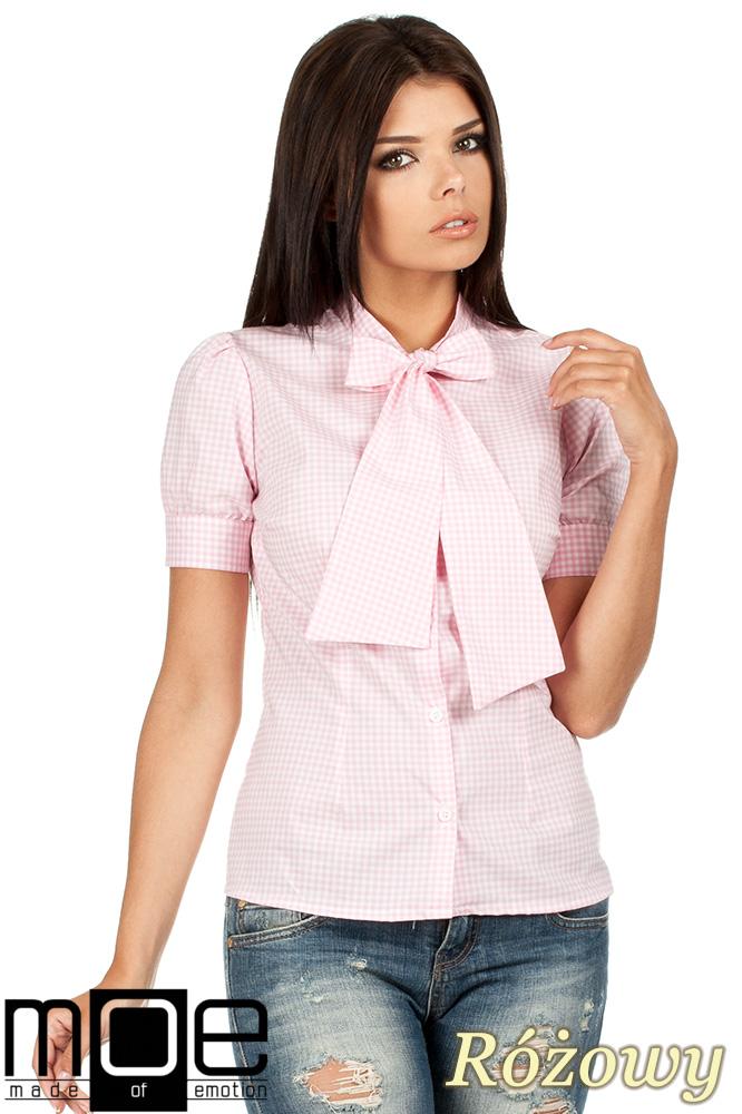 43203b1fec9f64 CM0786 Koszula damska w kratkę z kokardš i krótkim rękawem - różowa