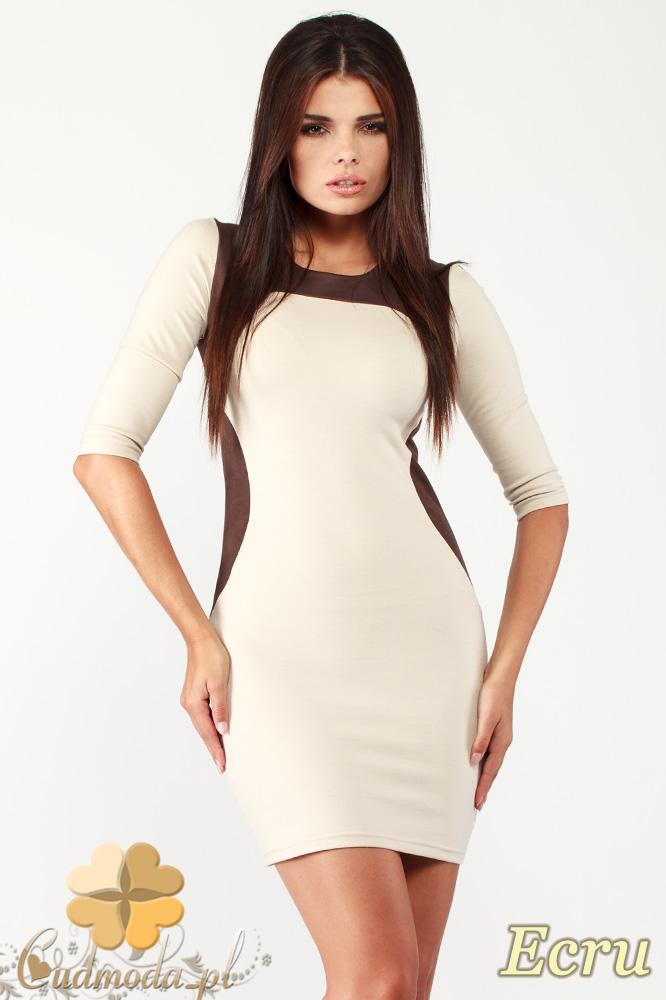 CM0992 Dopasowana mini sukienka z kontrastowš zamszowš wstawkš - ecru
