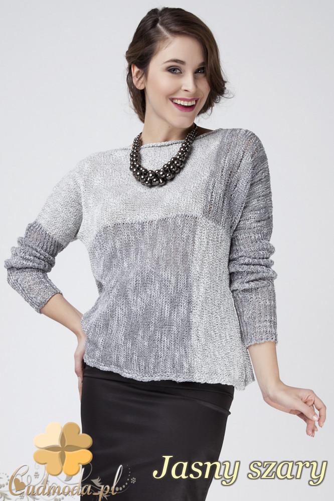 CM1273 Ciepły geometryczny sweter damski - jasny szary