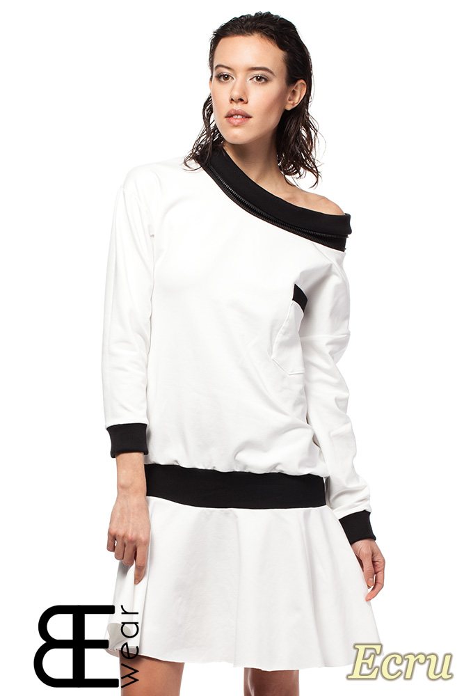 CM1420 Sukienka z obniżonš tališ i œcišgaczem - ecru