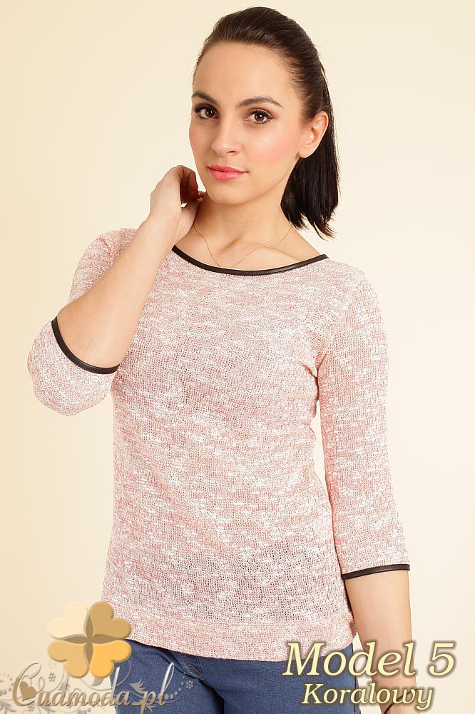CM0199 Modny ażurowy sweterek z modnymi kokardkami na plecach - model 5