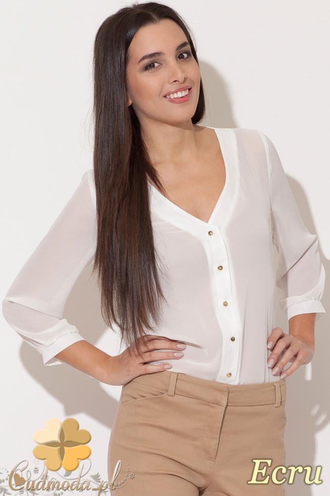 CM0457 KATRUS K089 Koszulowa bluzka damska ze złotymi guzikami - ecru
