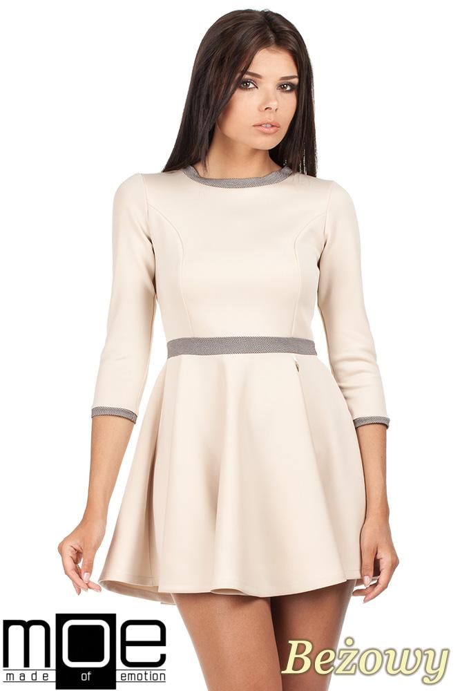 CM0355 Elegancka sukienka rozkloszowana z koła - beżowa
