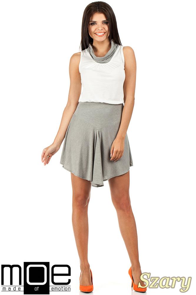 CM0813 Letnia sukienka z mini golfikiem - szara