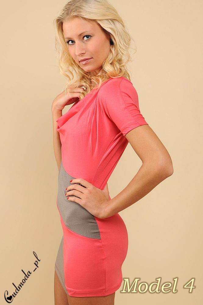 CM0091 Mini sukienka tunika w ukośne pasy + pasek gratis