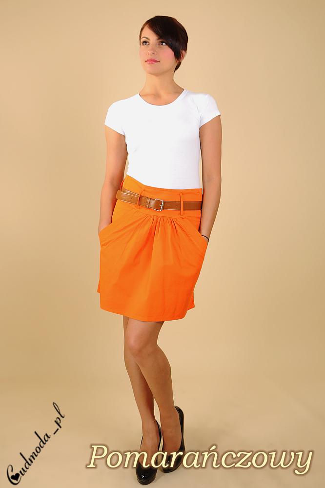 CM0040 Rozkloszowana spódnica z kieszeniami - pomarańczowa