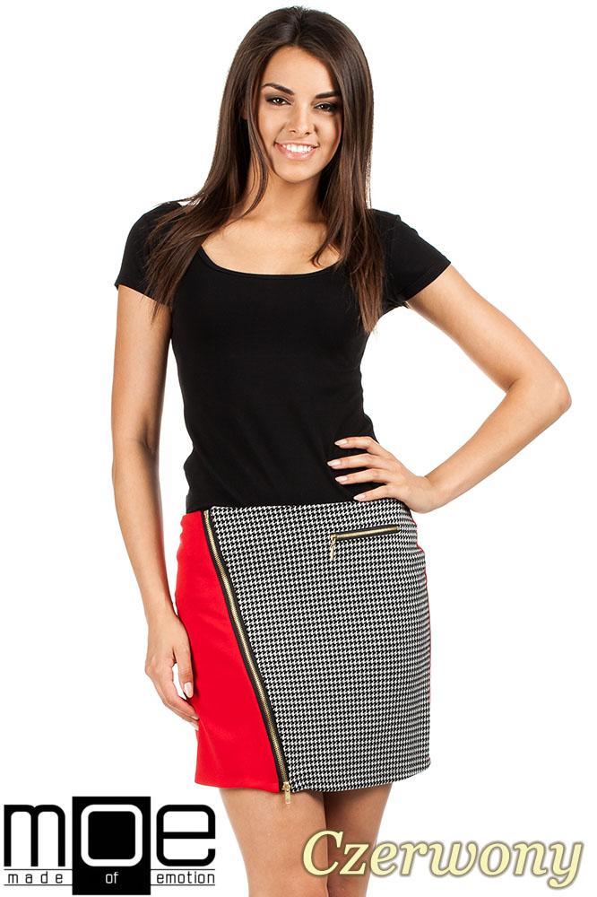 CM0981 Trapezowa spódniczka z ukośnym zamkiem - czerwona