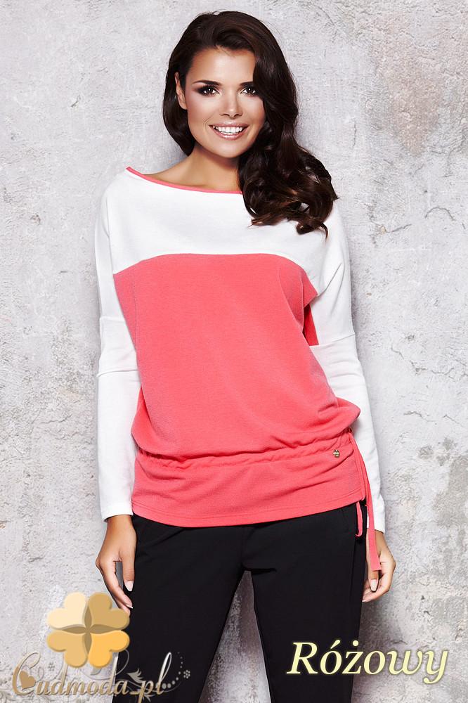 CM1129 Bluzka damska z opadającym ramieniem - różowa