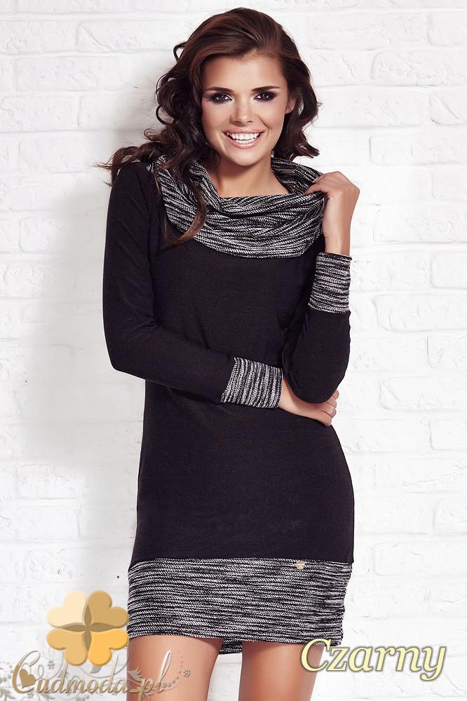 CM1210 Dopasowana sukienka mini z golfem i ściągaczami - czarna
