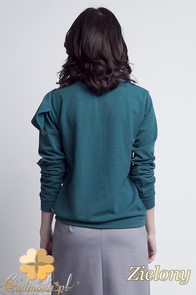CM1233 Bluzka damska z ozdobnym żabotem - zielona