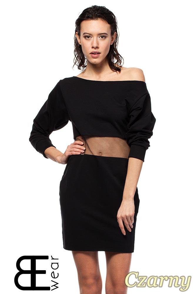 CM1419 Sukienka mini z przezroczystą wstawką i opadającym dekoltem - czarna