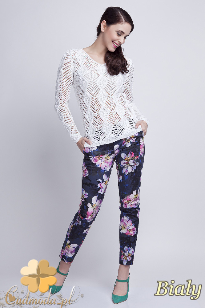 WYCOFANY Damski sweter geometryczny z długim rękawem - biały