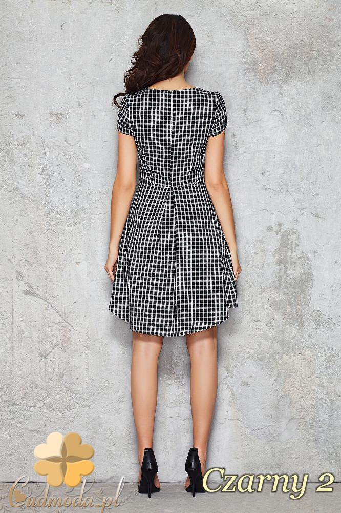 CM1468 Asymetryczna sukienka w kratę przed kolano - czarna 2