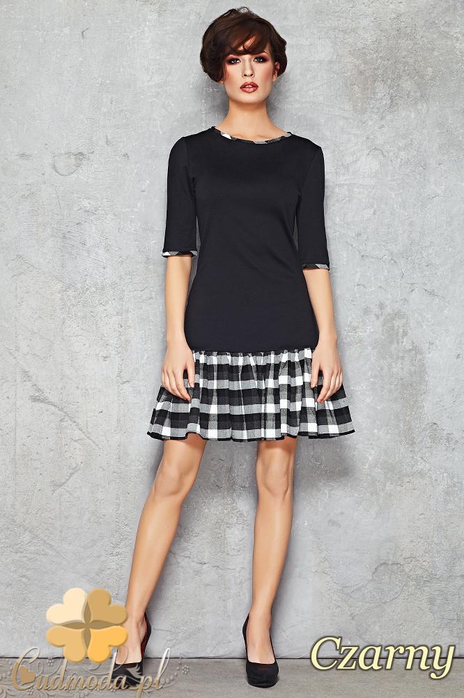 CM1471 Lekko rozkloszowana sukienka mini z dołem w kratę - czarna