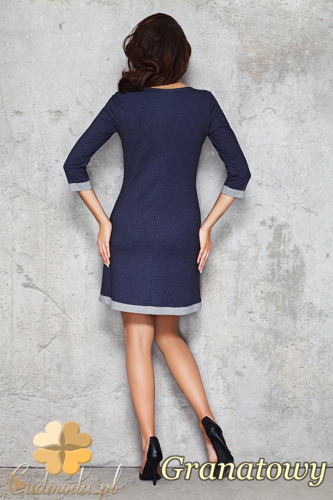 CM1473 Trapezowa sukienka z kontrastowymi lamówkami - granatowa