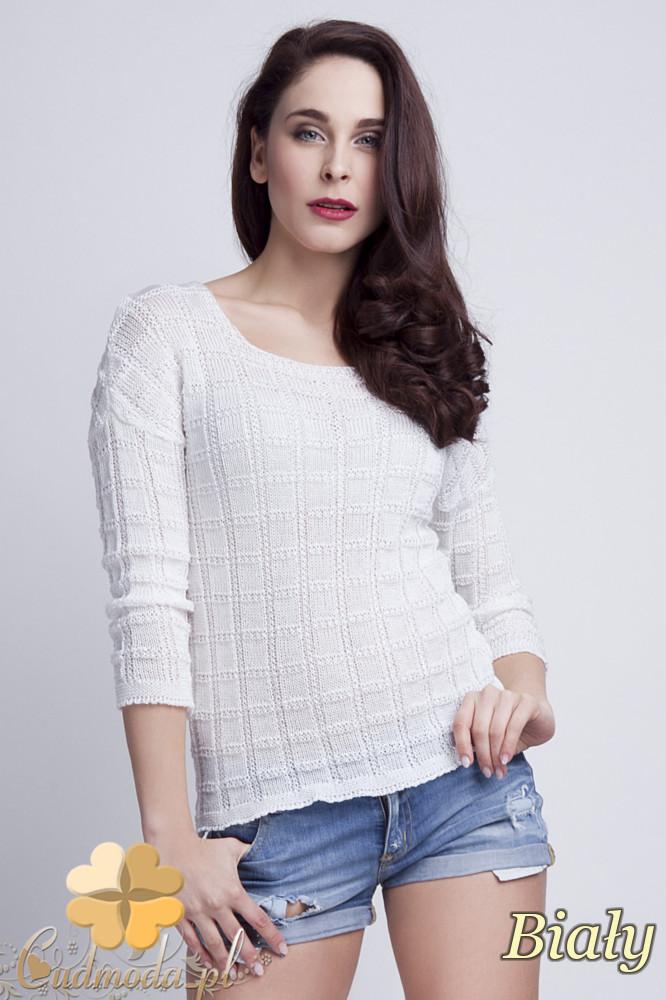 WYCOFANY Klasyczny sweter w kostki z rękawem 3/4 - biały