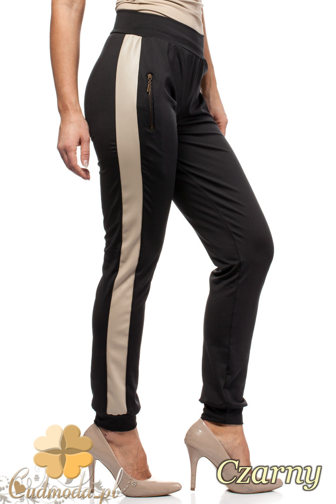 CM1569 Sportowe spodnie damskie z lampasem - czarne OUTLET