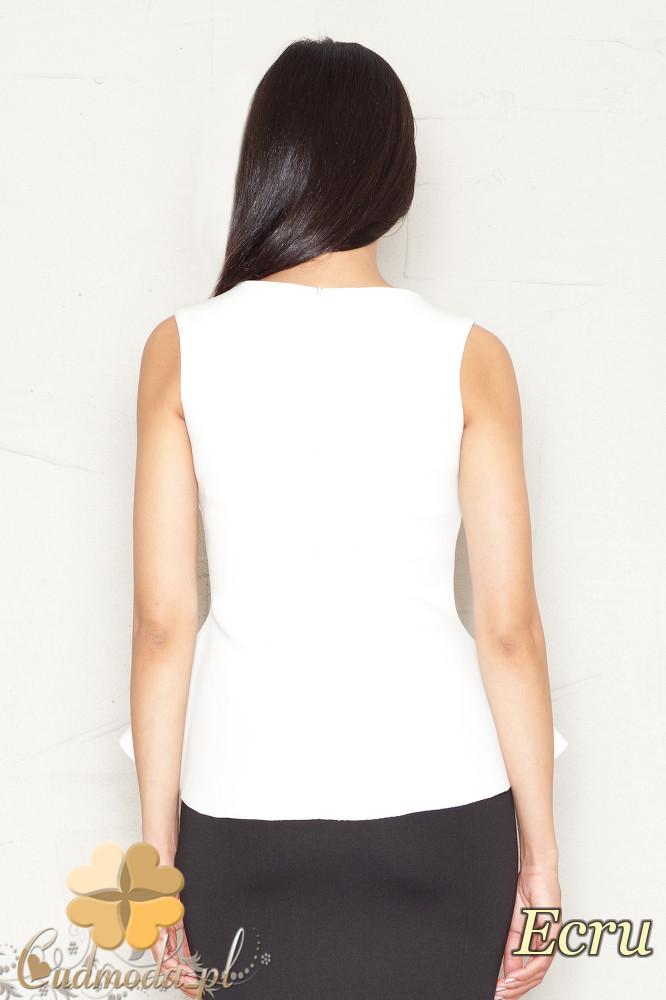 CM1520 Damska bluzka baskinka na ramiączkach - ecru