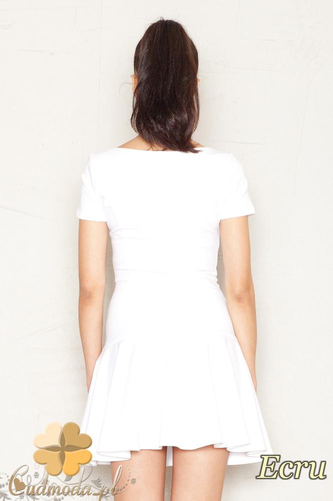 CM1524 Taliowana sukienka z lekko rozkloszowanym dołem - ecru