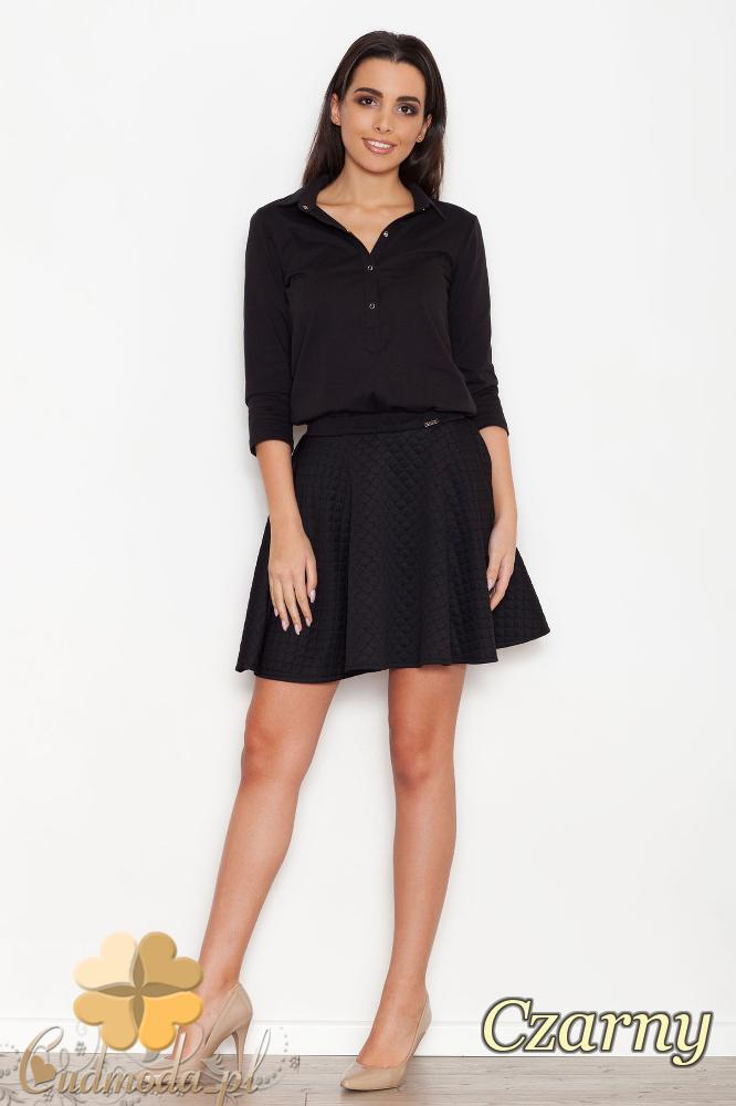 CM1612 Sukienka z luźnym dekoltem i pikowanym dołem - czarna