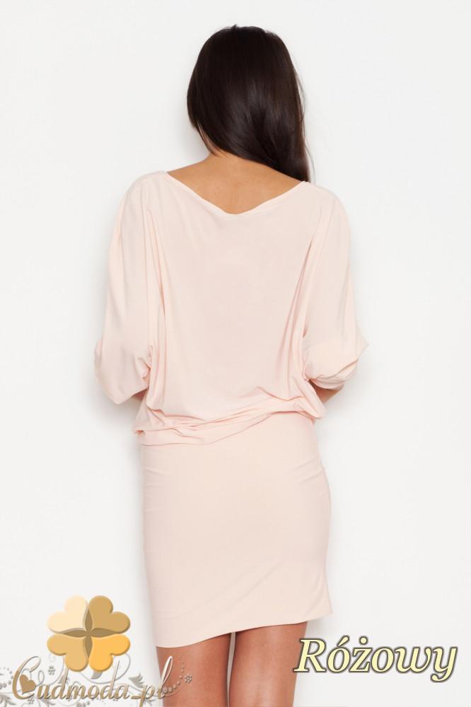 CM1617 Dopasowana sukienka odcinana w talii z dużym dekoltem - różowa