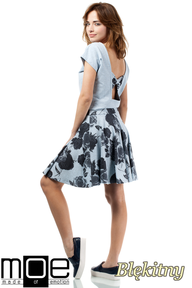 CM1716 Bluzka damska - bolerko z krótkim rękawem - błękitna