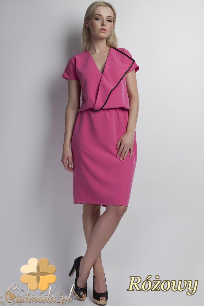 CM1785 Kopertowa sukienka z krótkim rękawem - różowa