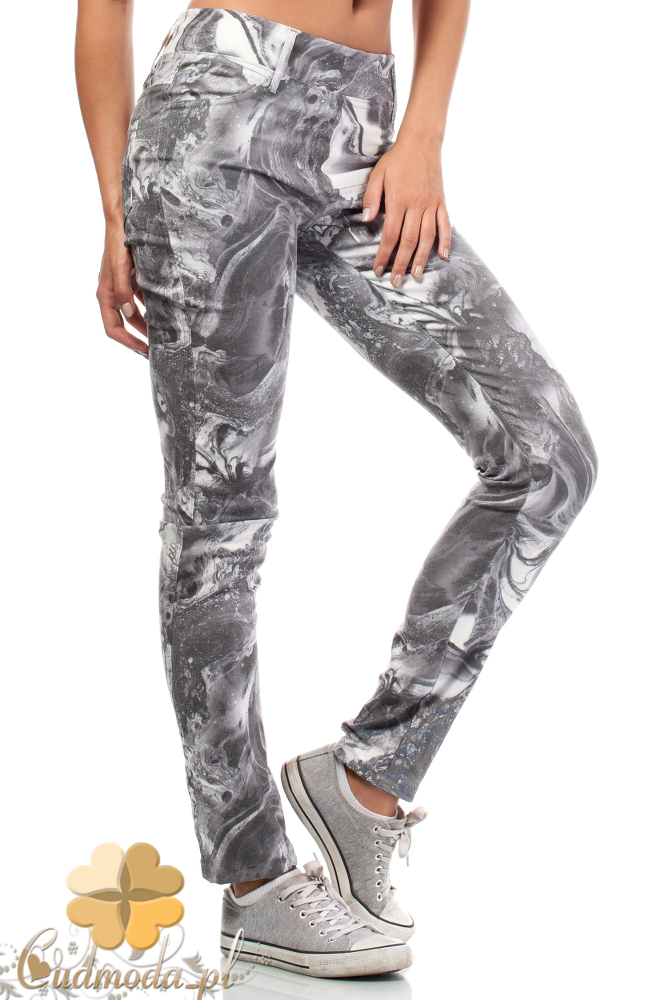 CM1824 Jeansowe spodnie z kieszeniami we wzory
