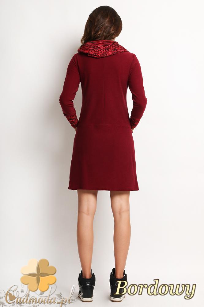 CM2012 Sukienka z golfem i długimi rękawami - bordowa