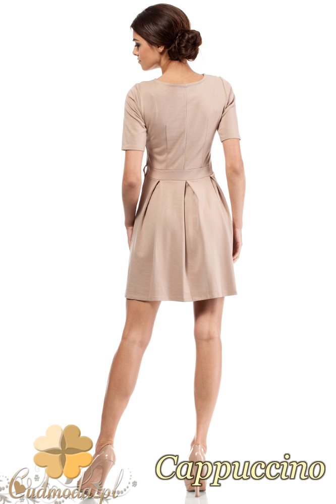 CM0224 Rozkloszowana sukienka kontrafałda z dzianiny - cappuccino