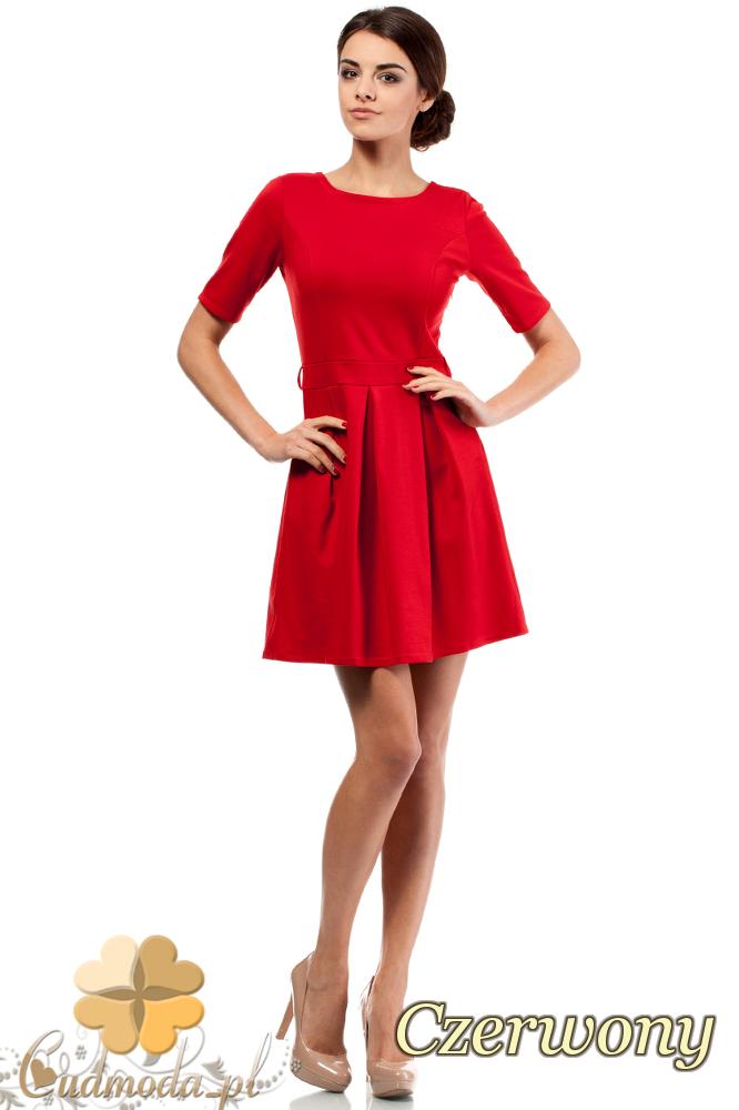 CM0224 Rozkloszowana sukienka kontrafałda z dzianiny - czerwona