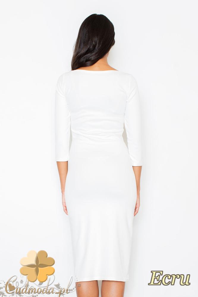 CM2099 Wieczorowa sukienka z wzorem na przodzie - ecru