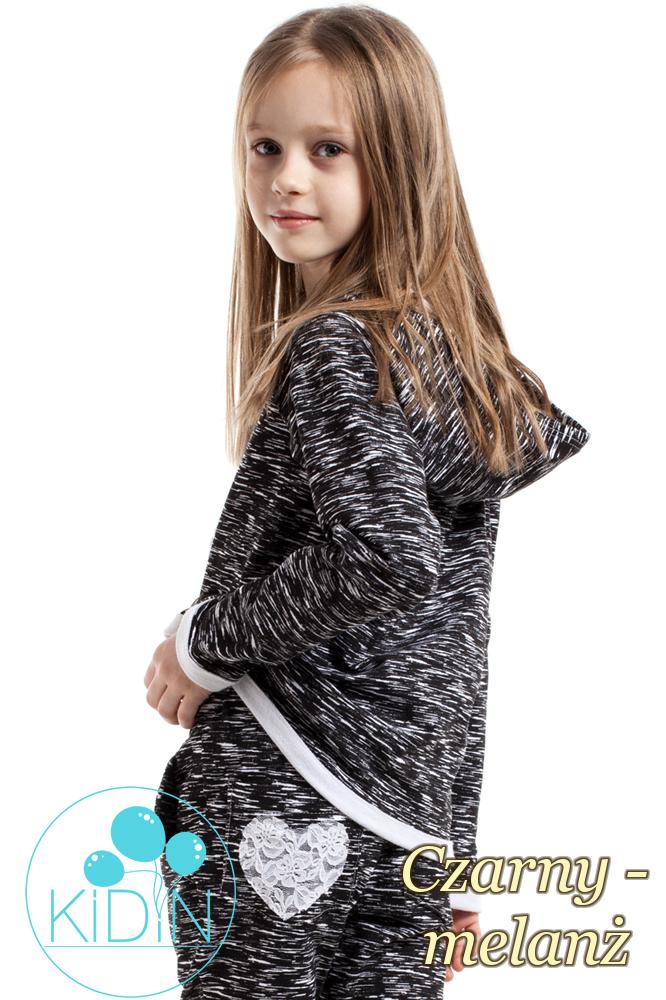 CM2168 Bawełniana bluza z kapturem i sercem na przodzie - czarny-melanż