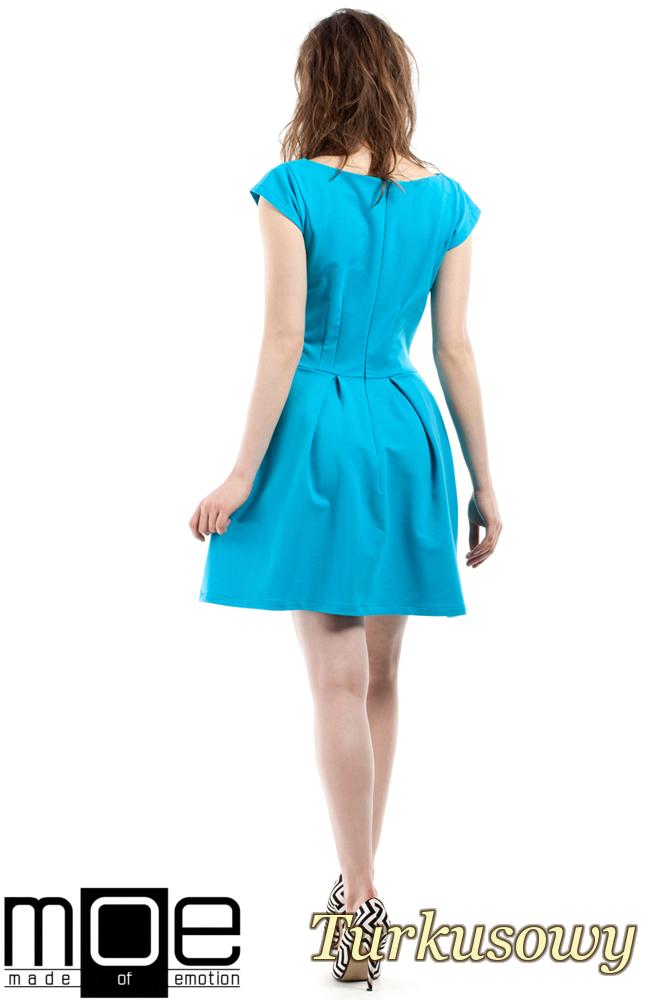 CM2212 Elegancka sukienka z kontrafałdami - turkusowa