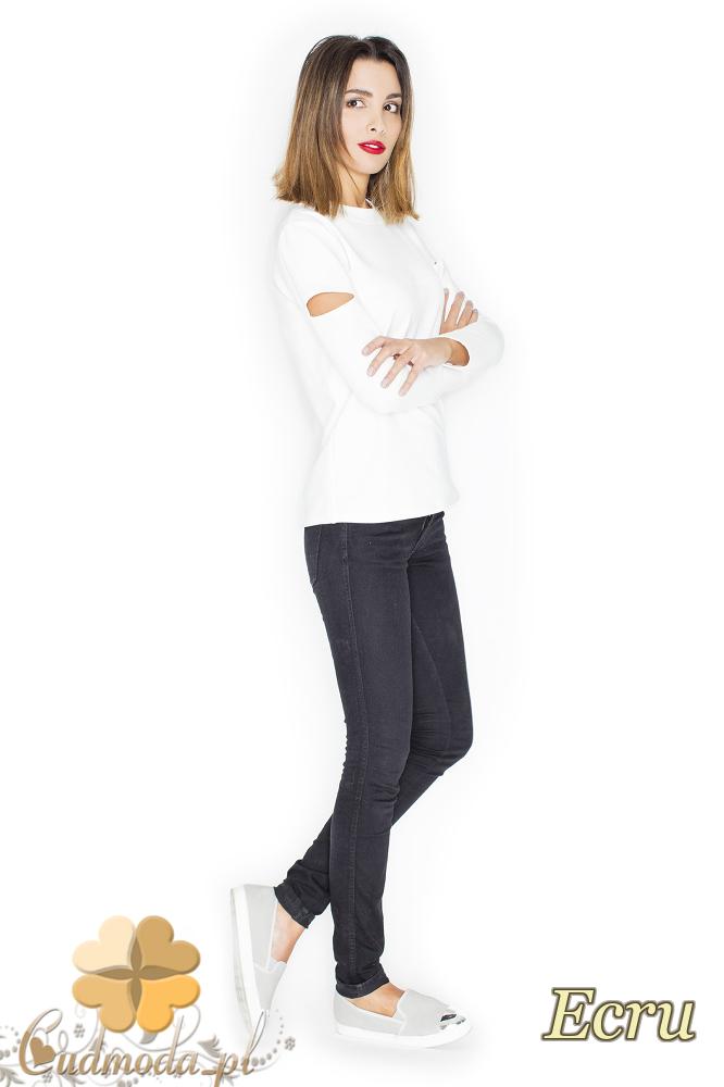 CM2246 Bluzka damska z rozcięciami na ramionach - ecru