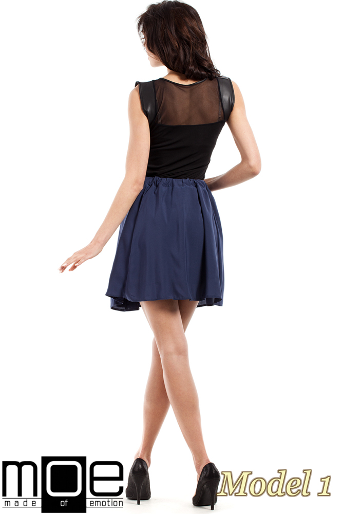 CM1550 Zwiewna spódnica z plisowaną wstawką - model 1