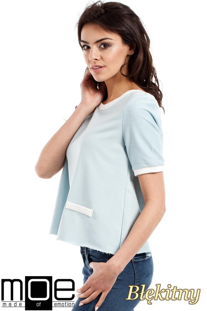 CM1557 Modna bluzka damska z zakładką na plecach - błękitna