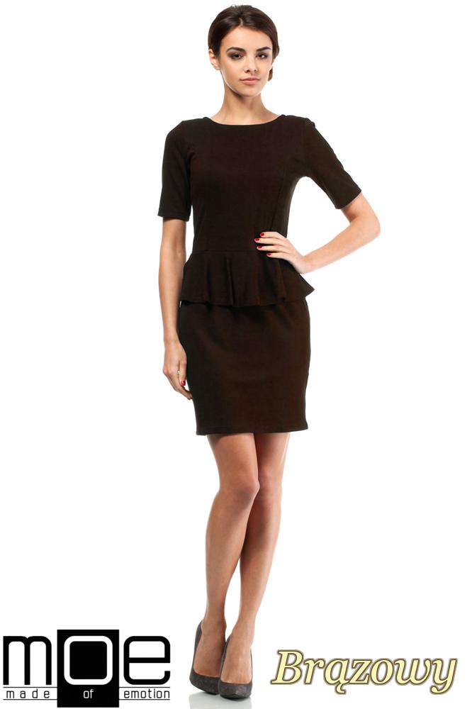 CM0220 Elegancka sukienka ołówkowa z baskinką - brązowa
