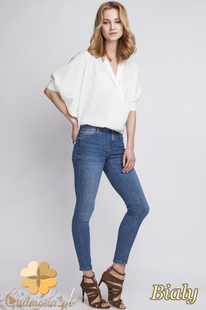 CM2279 Efektowna bluzka kopertowa - biała