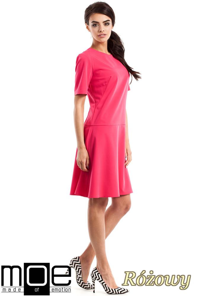 CM2342 Elegancka rozkloszowana sukienka - różowa