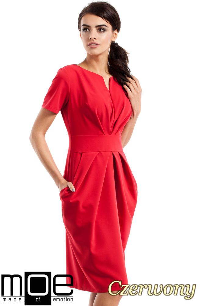CM2349 Dopasowana przewiązana sukienka damska - czerwona