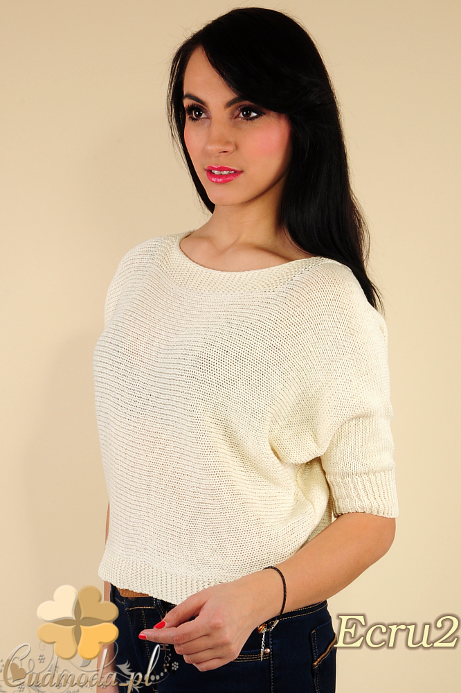 CM0184 Gładki damski sweterek nietoperz - ecru 2