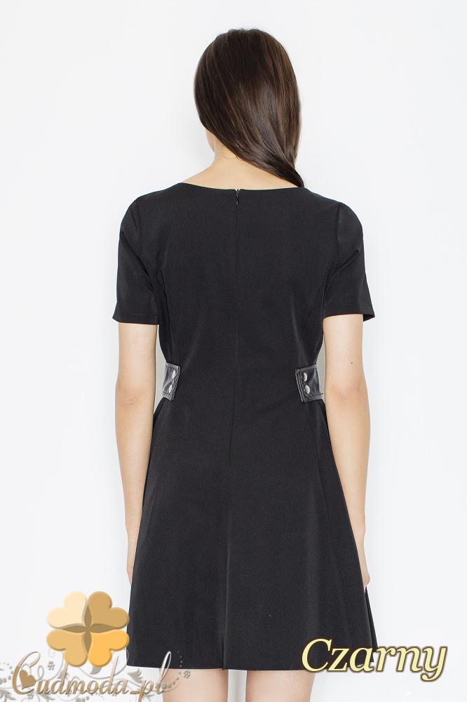 CM2355 Rozkloszowana sukienka mini z ozdobnymi wstawkami - czarna