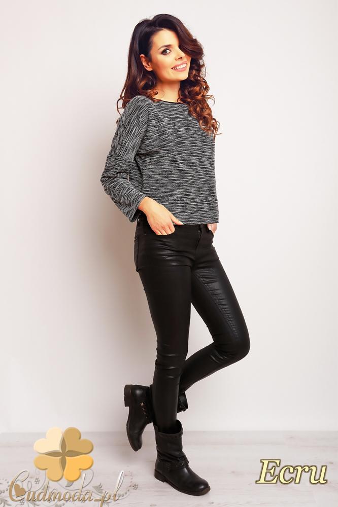 CM2375 Prosta klasyczna modna bluzka damska - ecru