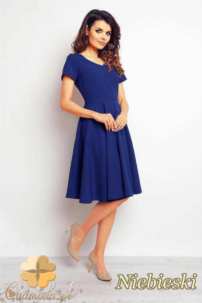 CM2387 Rozkloszowana sukienka wieczorowa - niebieska