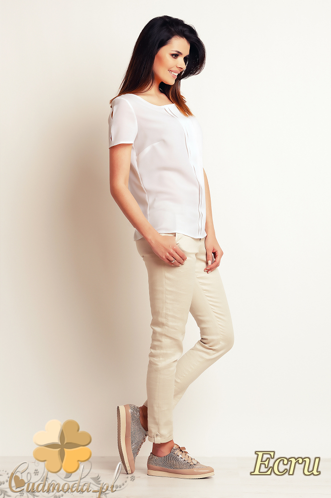 CM2394 Zwiewna elegancka bluzka damska - ecru