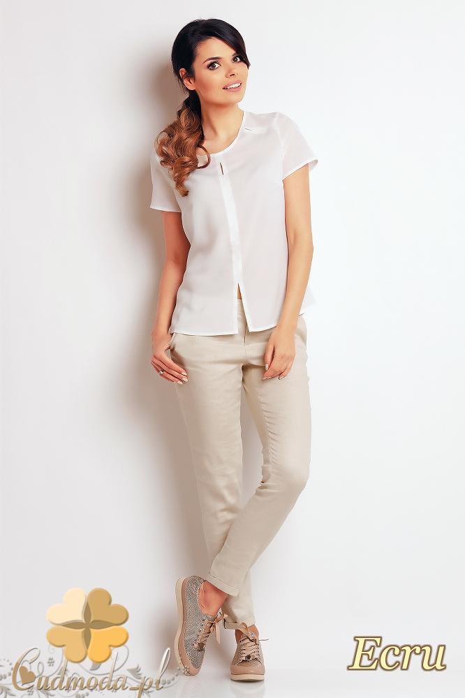 CM2406 Zwiewna bluzka damska z rozcięciem - ecru
