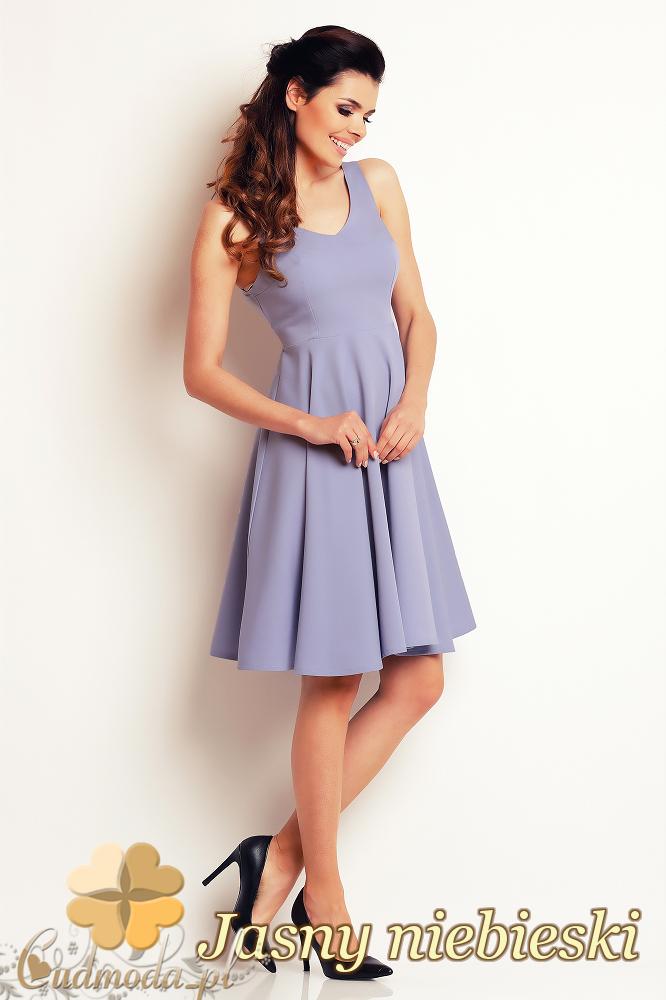 CM2407 Koktajlowa sukienka wieczorowa bez rękawów - jasny niebieski