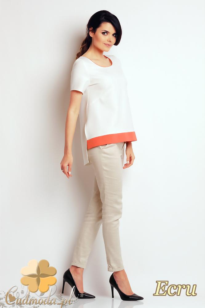 CM2408 Nowoczesna bluzka z krótkim rękawem - ecru