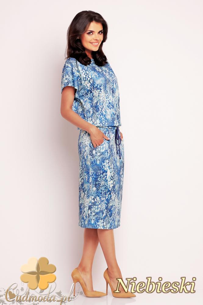 CM2413 Ołówkowa dopasowana sukienka biurowa - niebieska